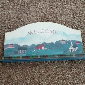 Hallmark Country Living Welcome Sign